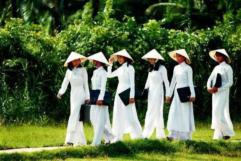 The history and cultural significance of the ao dai
