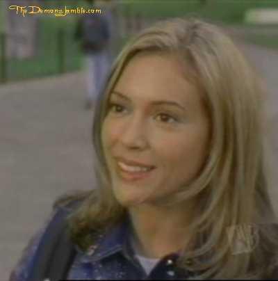 Charmed [1998-2006] PhoebeSaisontrois